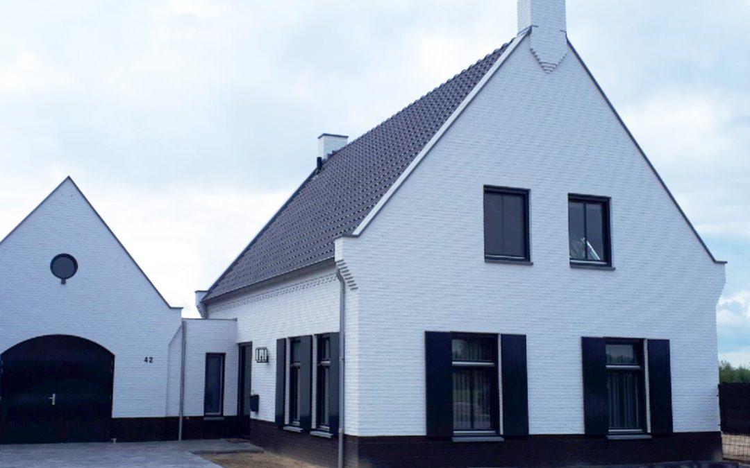 Vrijstaande woningen te Beek en Donk